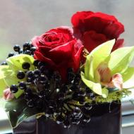 Ontario_Flowers_At_Dinner